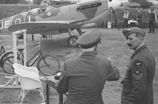 Spitfire Standby by Hamlin