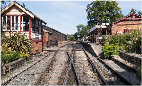 Tenterden Station by capto