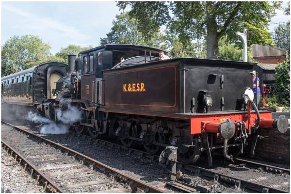Tenterden Train by capto