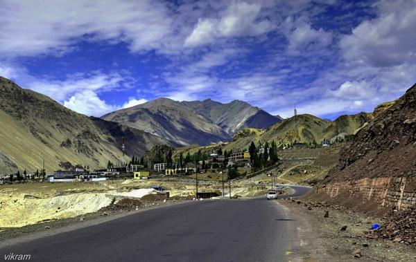 A Leh highway village by Bantu
