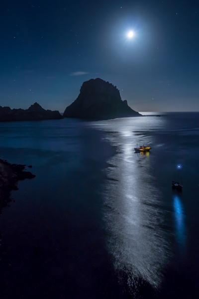 Es Vedra Moonlight by Legend147