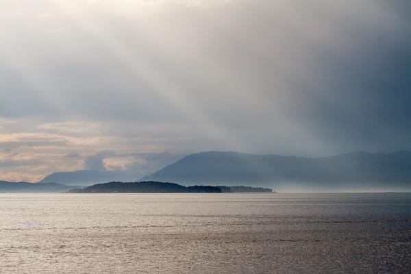 Island Mist by bigtench