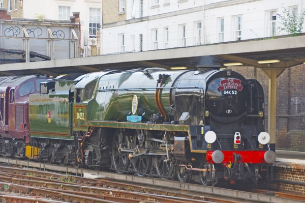 4-6-2 Battle of Britain class  Lord Downing at Victoria Station London by tarawet