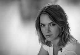 Liv Austen - Singer/songwriter