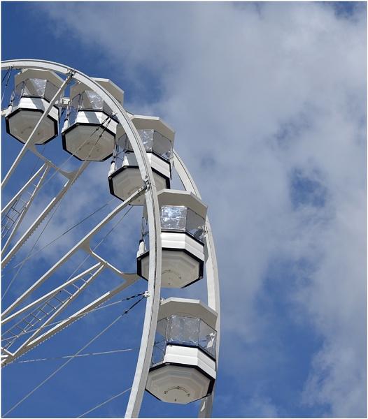 Cardiff Eye by Trish53