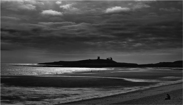 Dunstanburgh by KingBee