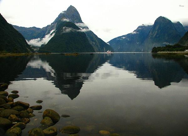 Milford Sound 18 by DevilsAdvocate
