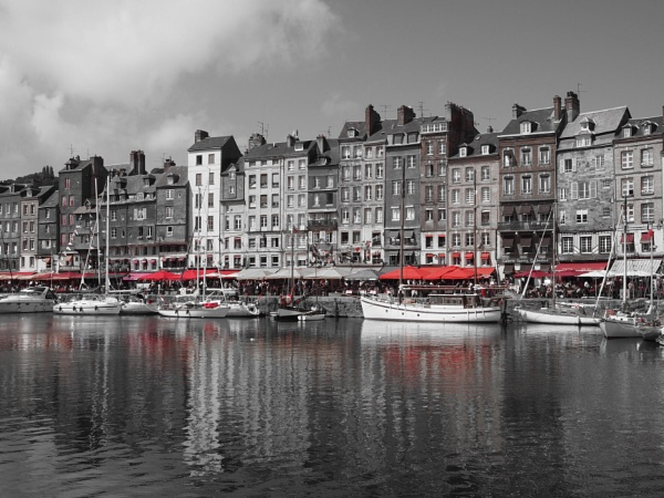 Honfleur Aug 2016 by mikerivers1