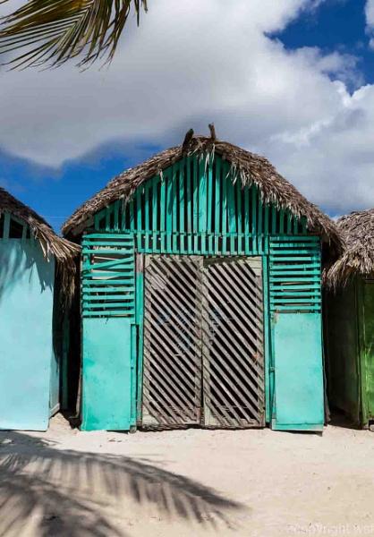 Mano Juan Dorf in Saona Dominikanische Republik by wsfeph