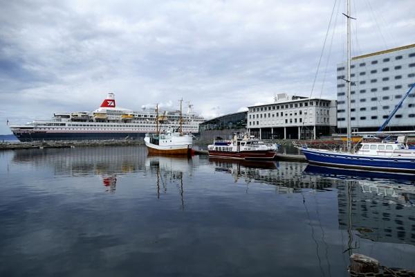 Fred Olsen\'s Black Watch in Trondheim 2016 by robbiebox