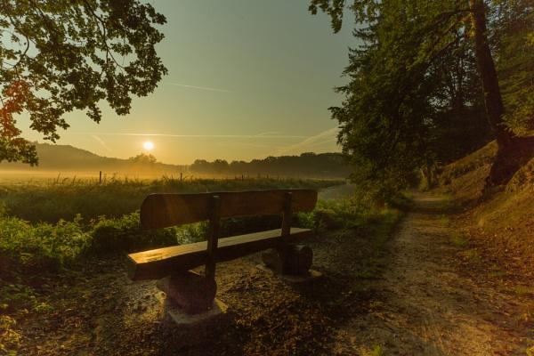 Sunrise by DavidTravis