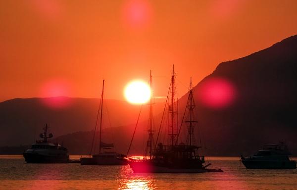Sunset calm by nklakor