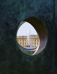 Chatsworth House through a sculpture