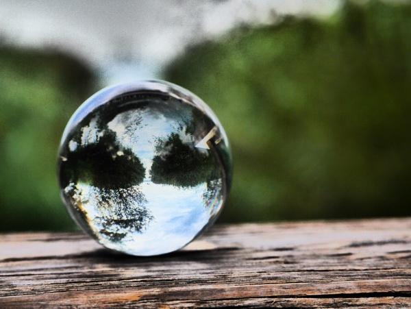crystal shot by Schreima