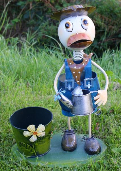 New gardener by ddolfelin