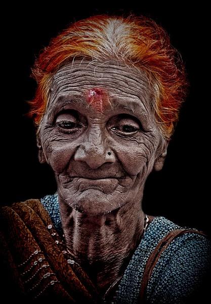 woman with orange hair....... by sawsengee
