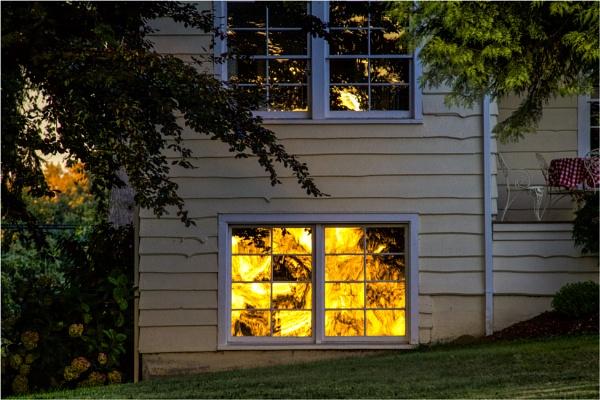 House Fire by Daisymaye