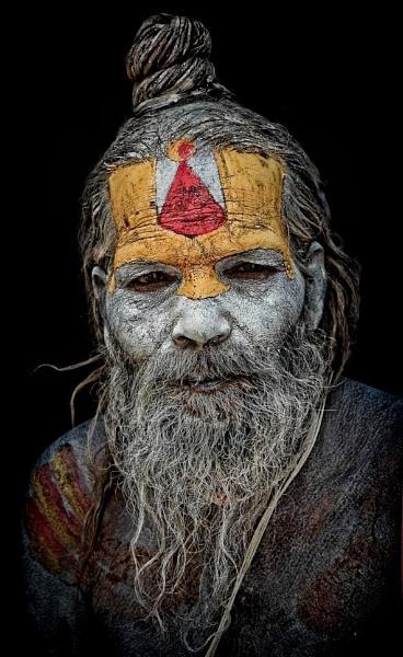 sadhu in Pashupatinath Kathmandu by sawsengee