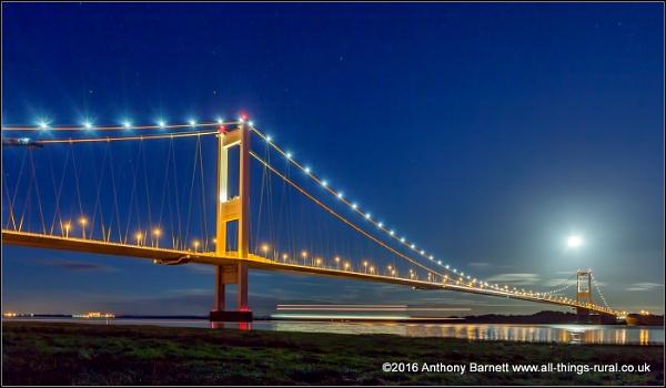 Severn Bridge by fotosphere