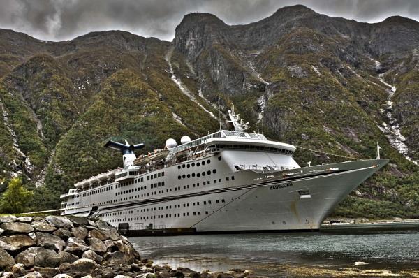 Ms Magellan - Eidfjord by Alan1297