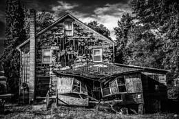 creepy house4