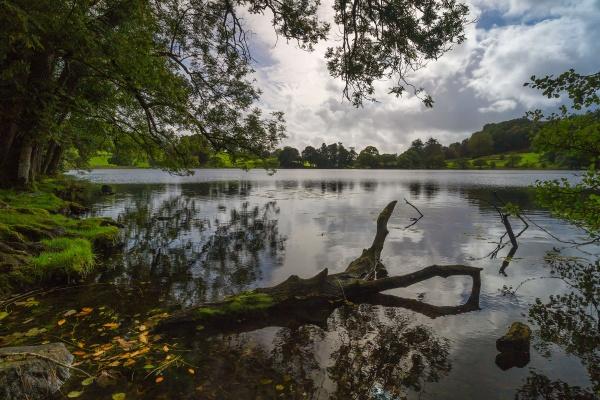 Moody Loughrigg Tarn by SimonNG