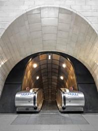Photo : Going underground Southwark Underground station    two