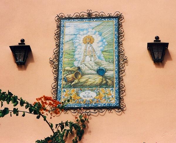 On the tiles by ddolfelin
