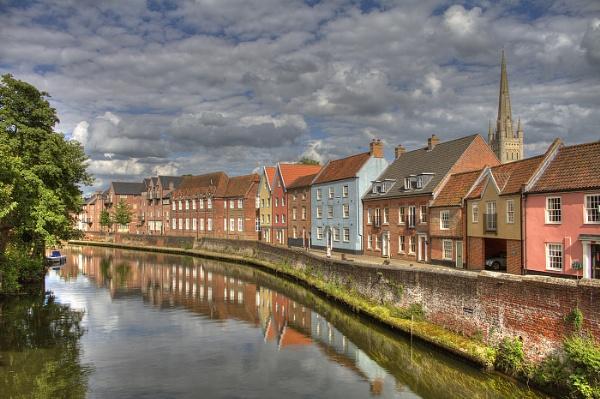 The River Wensum in Norwich by fandangofandingo