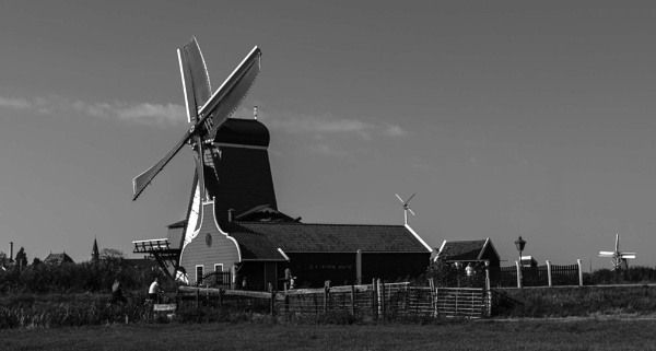 A windmill of \'Old\' Amsterdam by Alan1297