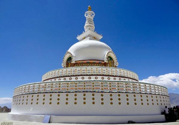 Shanti Stupa Leh 2 [India] by Bantu
