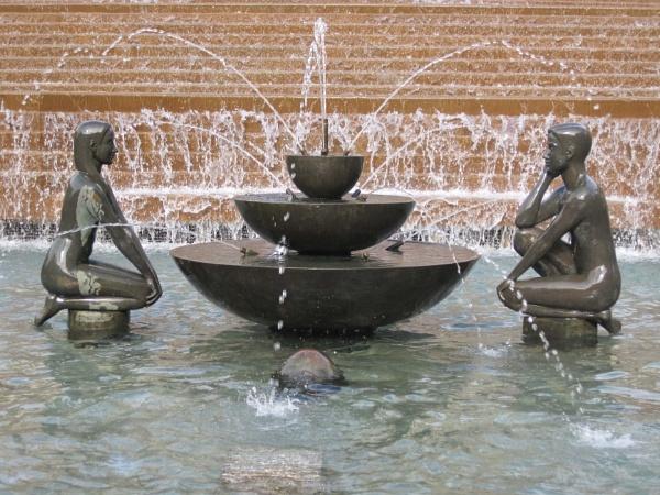 Fountain, Birmingham by HerefordAnn