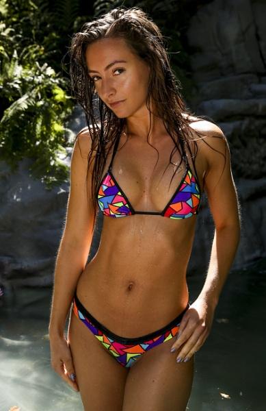 Bikini Girl by Bogwoppett