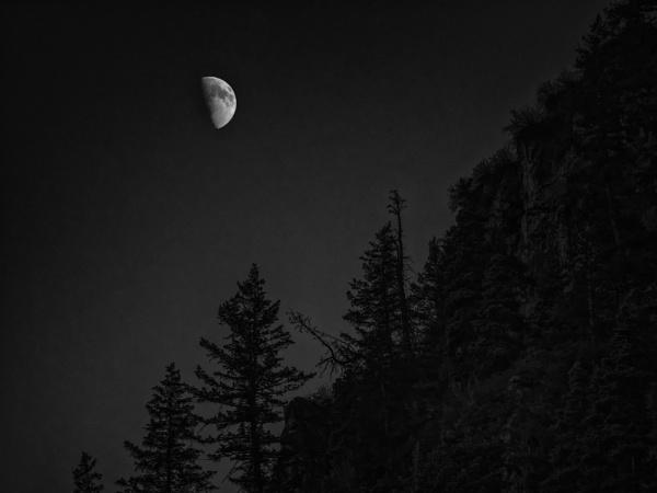Moonrise at Stewart Falls by mlseawell