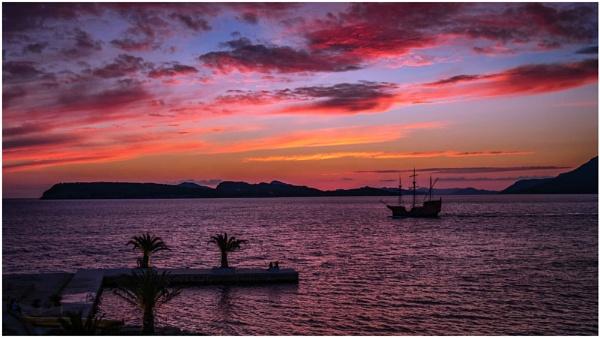 Dubrovnik Sunset by braddy