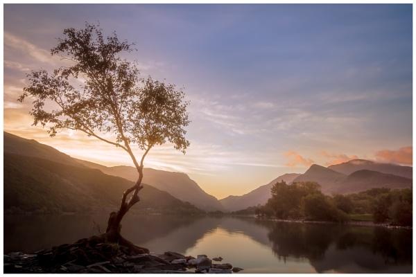 Llyn Padarn... by Satlight