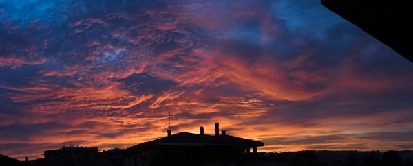Sunrise or Sunset?? by fabriziogaluppo