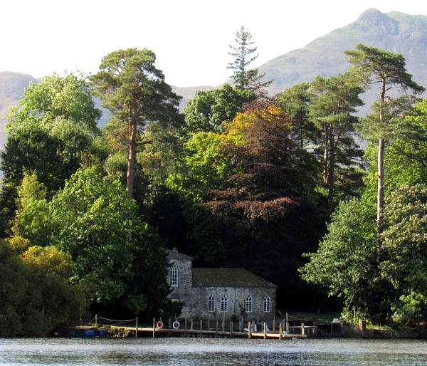 Derwent Isle by oldgreyheron