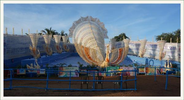 Durga Puja Pandal by prabhusinha