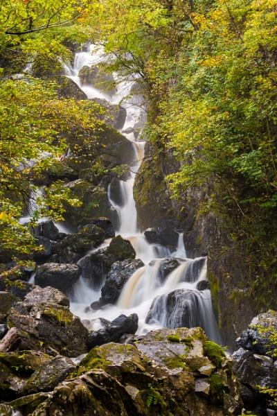 Lodore Falls, Cumbria by julesm