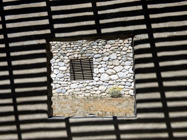 a window by emit1