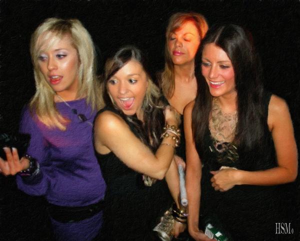 Happy Girls by happysnapperman