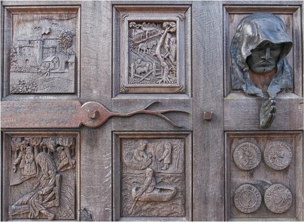 The door in colour. by franken
