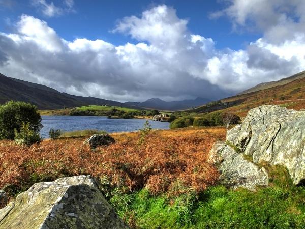 Llyn Peris towards Snowdon by ianmoorcroft