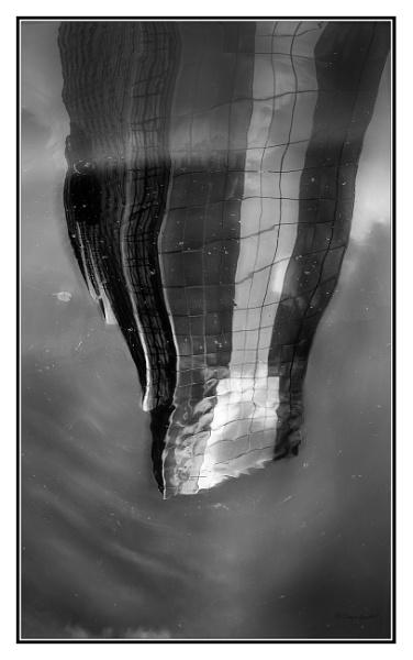 Gas Street_Reflection by bigwheels