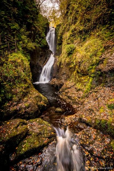 Ess-na-Larach Waterfall by DavidLaverty