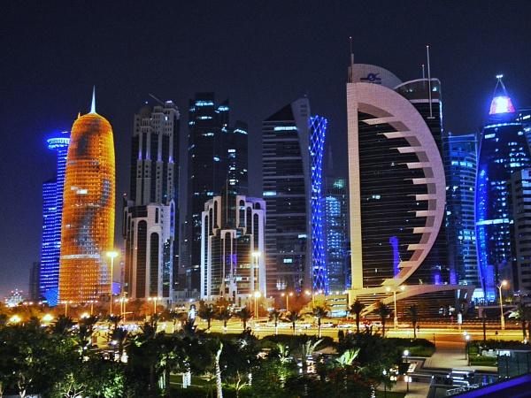 Corniche, Doha, Qatar by Zaadhir