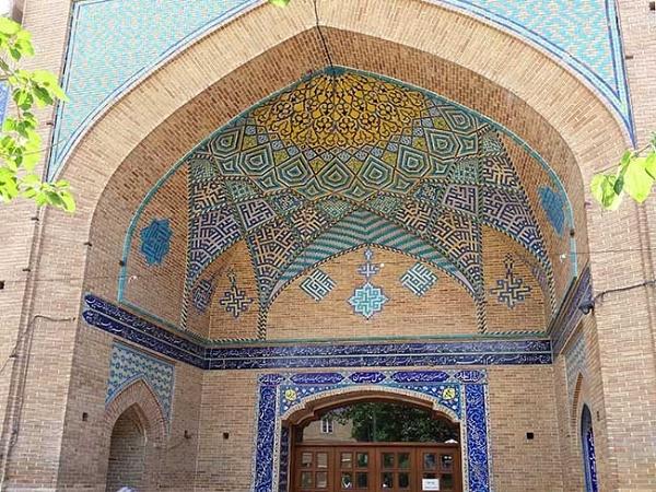 Chehel Sotoun Mosque by kombizz