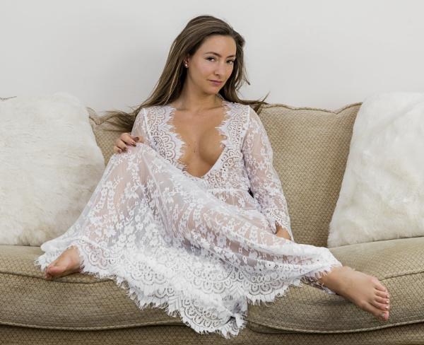 White Lace by Bogwoppett