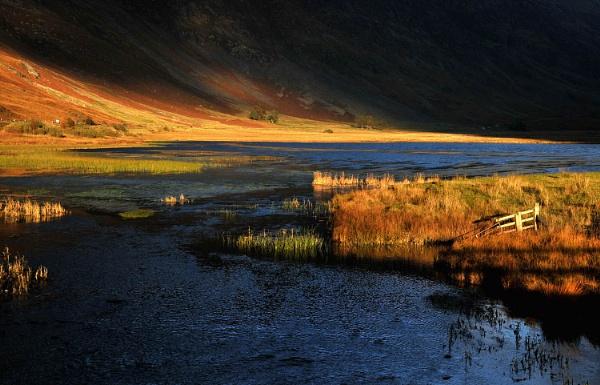 Loch Achtriochtan by viscostatic